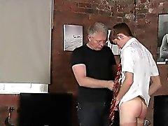 Pornografia emo patinador de Twink Espancar A Estudante Jacob de Daniels