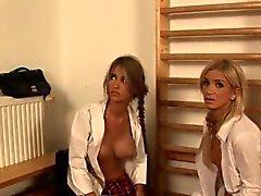 El Sr. Grey en la película porno mostrando copulan del fetiche el BDSM