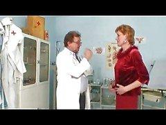 Trevlig nipplar Luscious Labia MILF på Doctors
