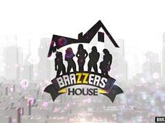 Brazzers House Full Primeiro episódio