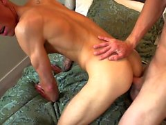 Muscle twink anal sex with creampie