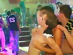 garoto Emo relações homossexuais bizarro Este épico machos festa descascador de exigente