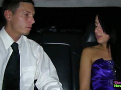 Prom подросток ебал по лимузина