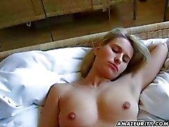 Blondine petite amie d'amateurs craint par Couples Creampie