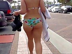 gran trasero bikini caminando 2 mil quince