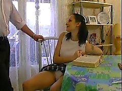Franse tiener chanteert haar prive leraar ... F70