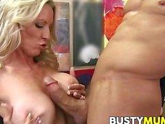 De emma Starr a des big tits