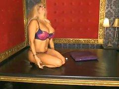 Dannii Harwood 2015/08/21 (1)
