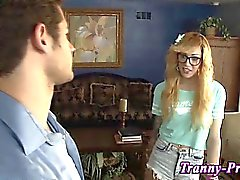 Spex clad shemale gets blowjob