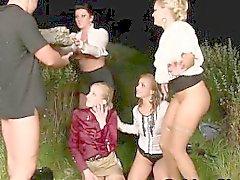 Glam do mijo as prostitutas cumswap