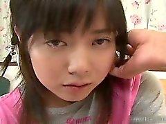 Pretty asian schoolgirl gets a warm