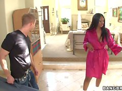 Nyomi Banxxx s Big black Ass massaged