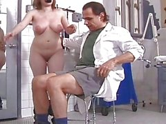 Rick Savages torturar bebê