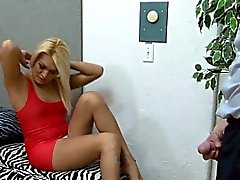 cara fode transsexual transsexual vídeo de alta shemales transexual handjob shemale a masturbação transsexuais