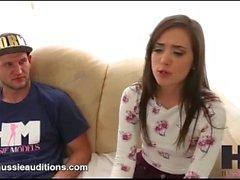 Hussie Auditions - Tiny Big Butt Gia Paige en su primera audición real