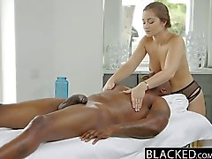 Blacked Dani Danielsin Ensinnäkin Interracial