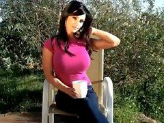 Denise Milani sexy Pink Shirt - Nicht nackte