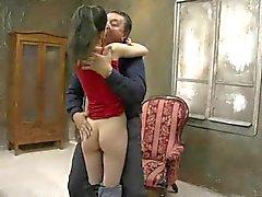 Oude man neuken mager strakke meisje