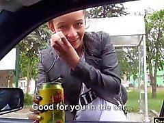 Estrecha adolescente de Vanessa Rodriguez deshuesada en un automóvil