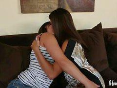 Sinn Sage Raylene Sexo Lesbianas juguetona