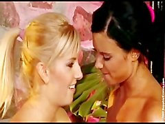 Ashley Bulgari Et de Bianca Deux Exercer Stunners