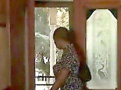 Черная лесбиянка с страпон