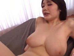 Rie Tachikawa porno groupe sérieux dans les modes étonnants