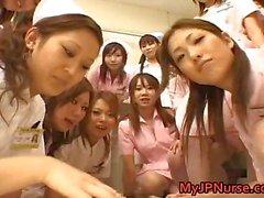 Geliefde Verpleegster scenes