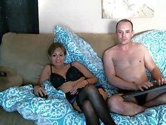 Ältere mit behaarten Pussy Arsch fingern vor der Webcam