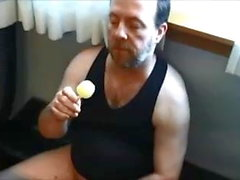 Блэр ест Cumsicle