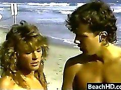 Cojidas la vendimia At The Beach