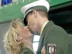 Fuck de POLITIE Diana Kaiser ist die Bullenschlampe CSP