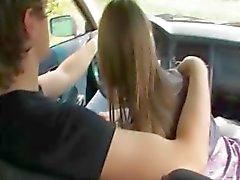 18yo menina russa bateu no carro