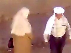 Un petit praatje beet chez les arabes lol