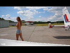 nakna flygplan