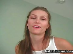 A Heather atractivo Vandeven mostrándole
