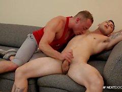 NextDoor Str8 Married Guy Discovers Gay Pleasure
