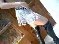 Plantureuse Véronique Zemanova montre son corps sexy