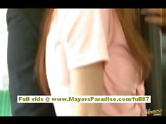 Rio asiatische Teen Babe bekommen ihre haarige Muschi liebkoste im Bus