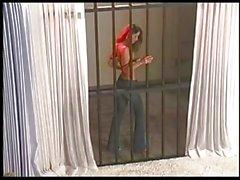 Veronica Zemanova Behind Bars itibaren dalga geçiyor !