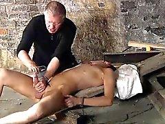 Descarga del masturbation 3gp jovencita británicos Chambers es del Chad