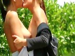 Eve Angel Дж.О. Вернуться Бег и получайте лесбийский секс