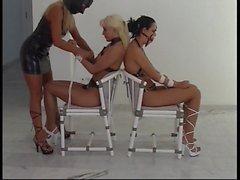 fetish-concept - Spezial Bondage mit 2 heissen Girls -