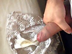 Wanking in MILF 's Panties