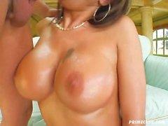 Anal Büyük Göğüsler --- Şeker Güçlü (Avrupa Babe)