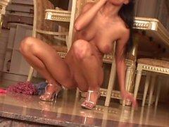 Den obefläckade Pornstar Tera Bond pleases i hennes våta fitta i a leksaker