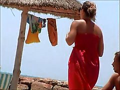 ongelooflijke frans meisje topless strand tunesia