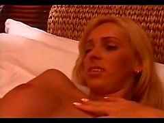 Motel hardcore with a blond Tgirl