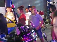 Filles thaïlandaises - Strippers vs Bargirls?
