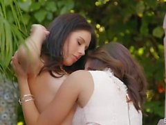 Jenna Sativa Plays With Shyla Jennings
